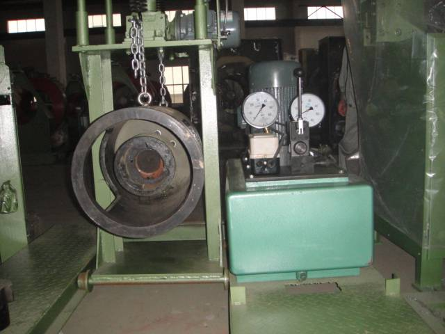 Prestressed  spun pile tension jack machine