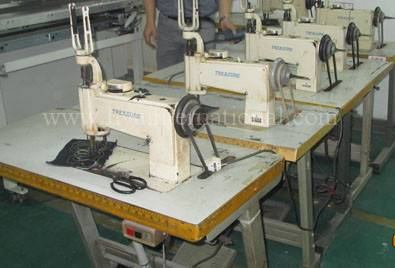 second hand reconditioned TREASURE ES1114-2/ ES 1114-10 handle operated embroidery machine