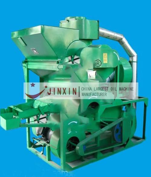 Tea seed shelling machine