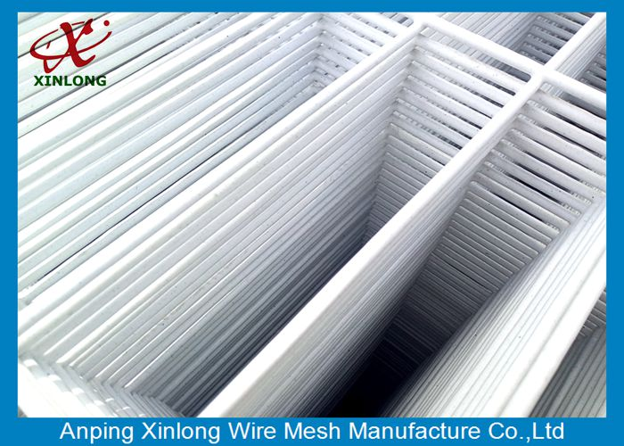 Widely Used Powders Sprayed Coating 4.5mm Wire Mesh Fence