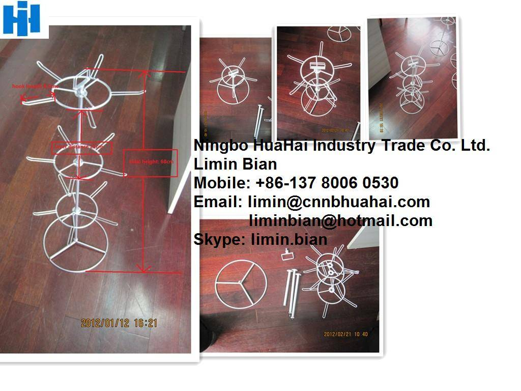 Assembling spinning countertop wire display
