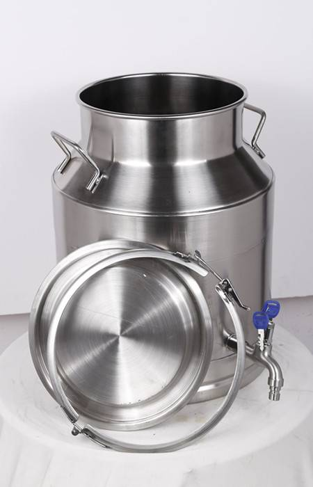 Stainless steel milk tank