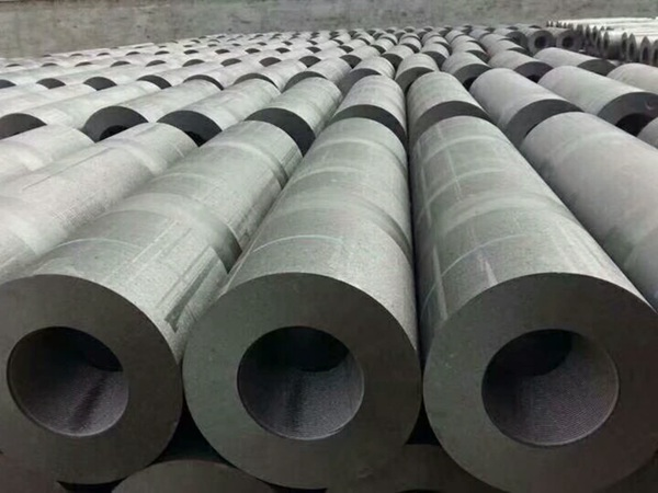 UHP Graphite Electrodes With Competitive Price