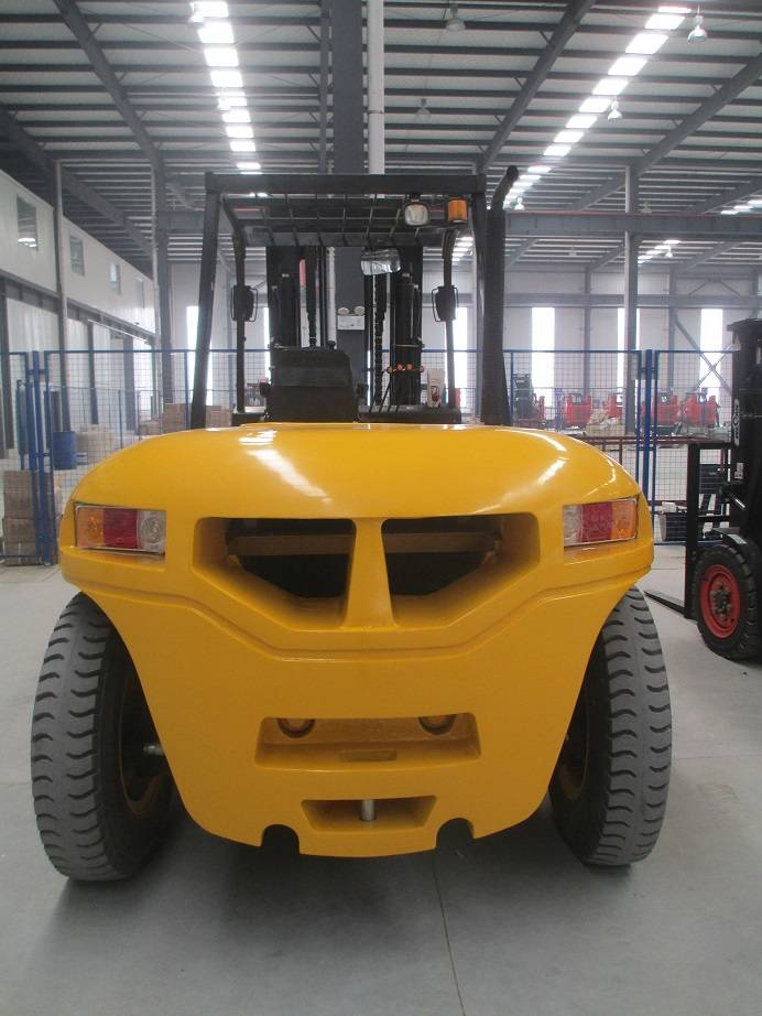 10T  DIESEL FORKLIFT TRUCK FROM CHINA