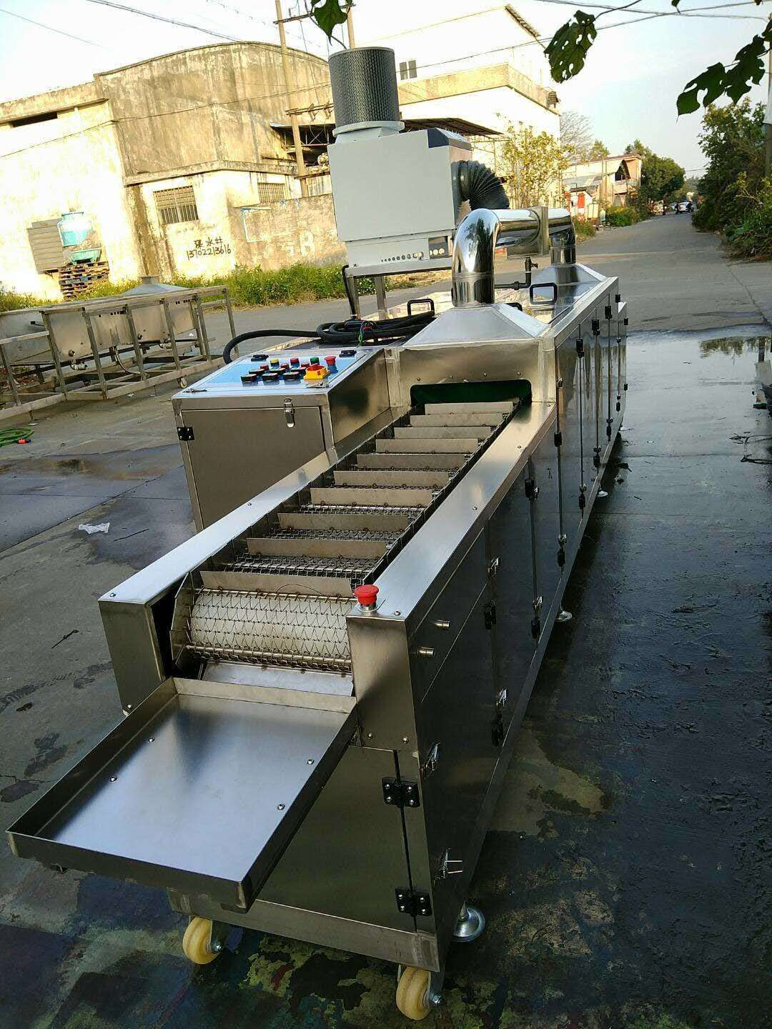 Pass-through drying equipment at stainless steel sink of large pass-through ultrasonic cleaning