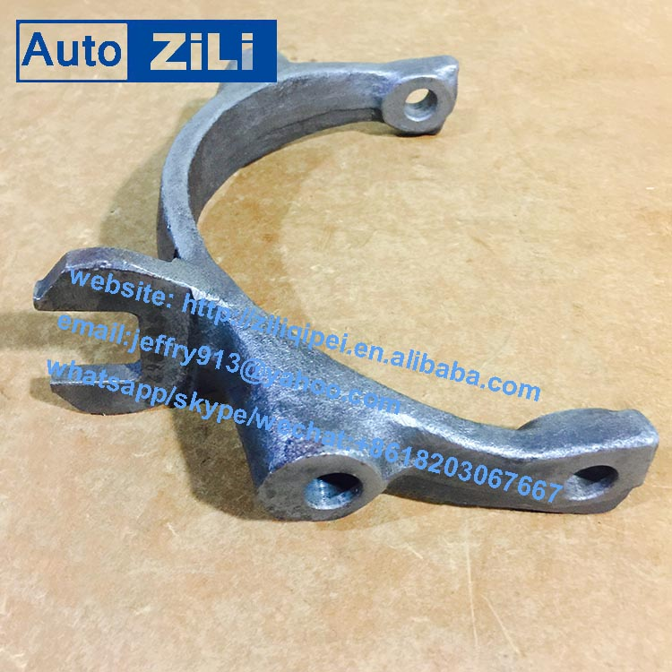 Chinese city bus QJ805 S6-90 speed transmission gearbox spare parts gear shift fork 1250306263