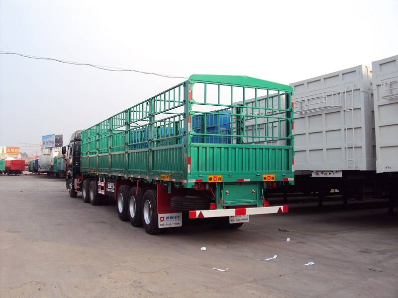 semi trailer for livestock transporation