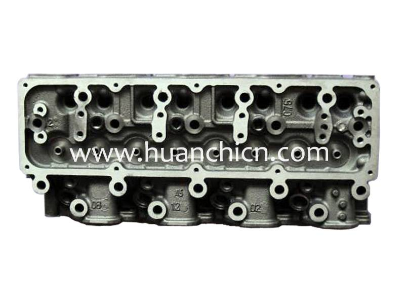 engine cylinder head QD32