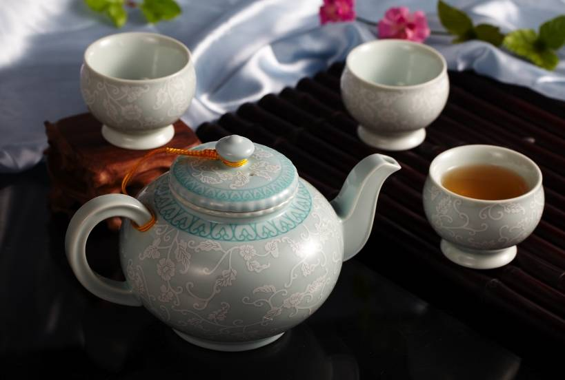 Useful elegant teapot