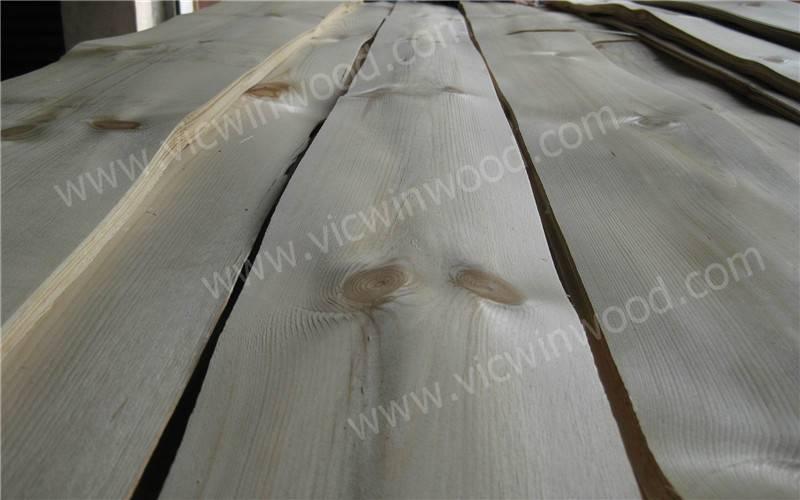 Knotty Pine Veneer