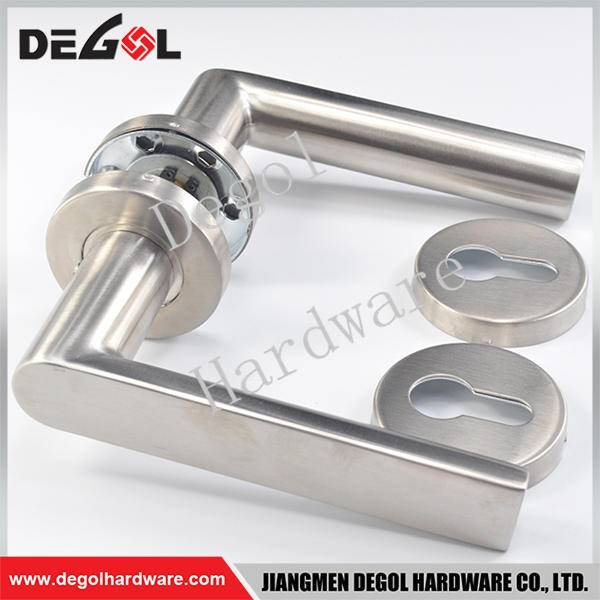 Chinese wholesale stainless steel solid lever door handle old style