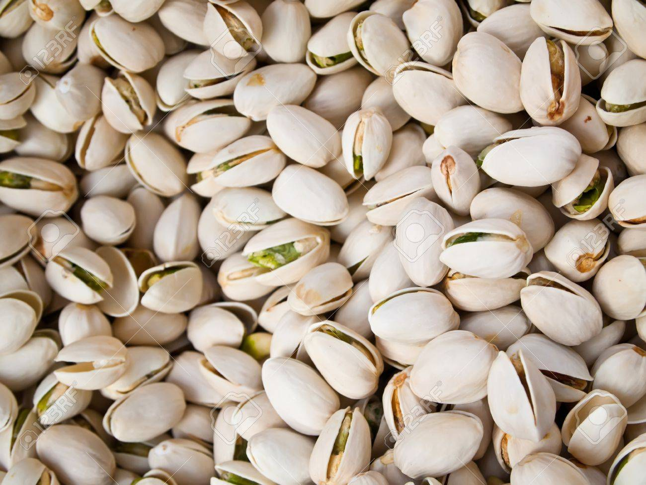 Pistachios Nuts,Cashew Nuts,Almonds,Pine Nuts,Hazel nuts,Mecademmia Nuts