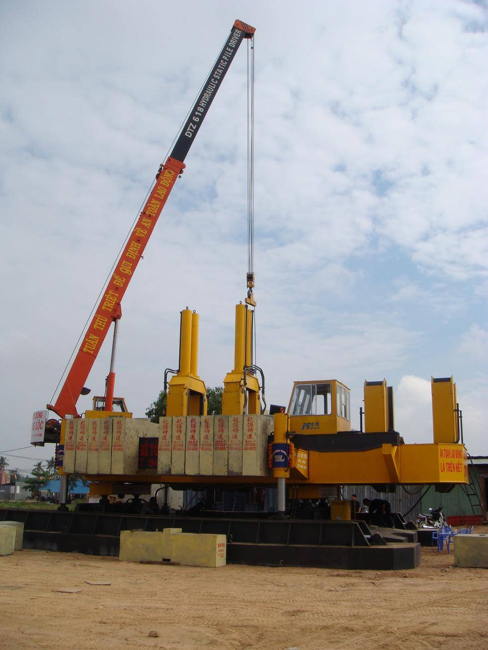 Professional manufacturer Hydraulic static pile driver