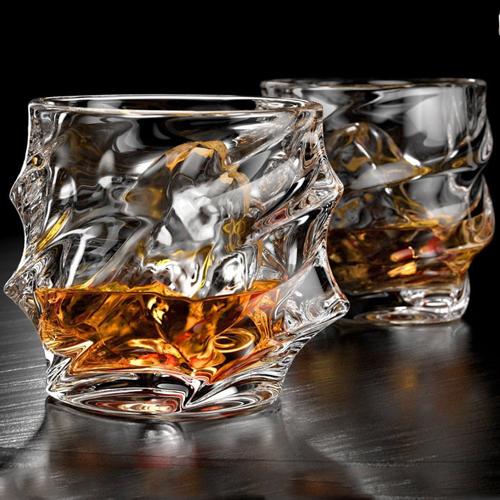 Unique elegant stunning everest whiskey glasses