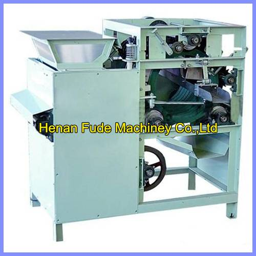 hot selling wet type peanut red skin peeling machine, almond skin peeling machine 0086-13525934394