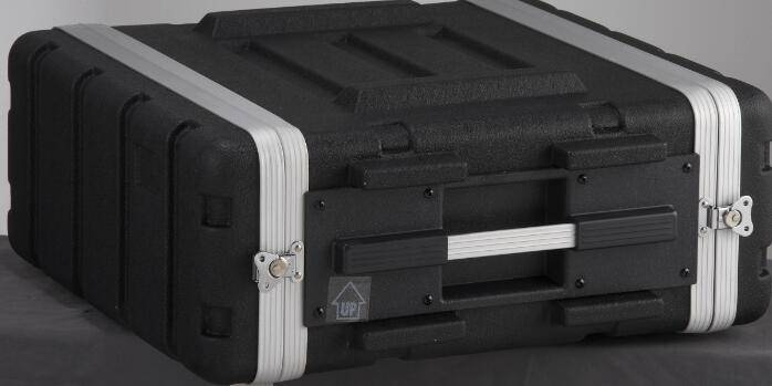 Heavy duty ABS case for 4-unit rack
