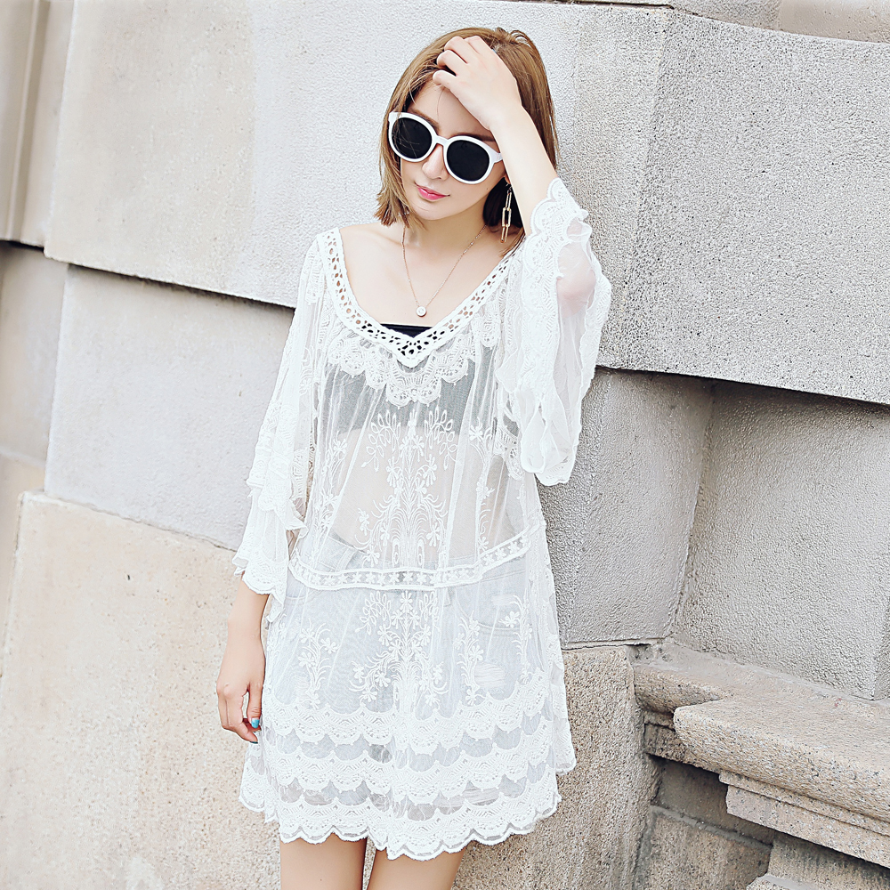 Fall lace dress bats sleeves lace hollow dresses wild look lace embroidery skirt long section