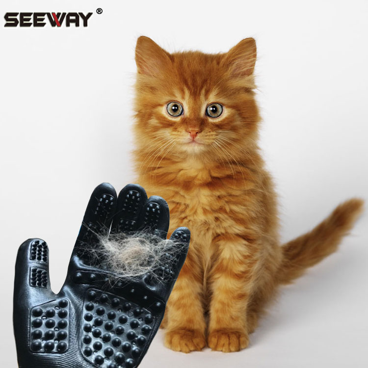 Seeway Pet Grooming Gloves for Shedding Bathing Grooming Removing The Hair of Cats Dogs And Horses