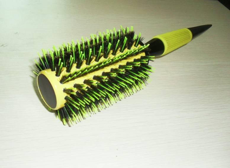 Rounder ceramic hair brush