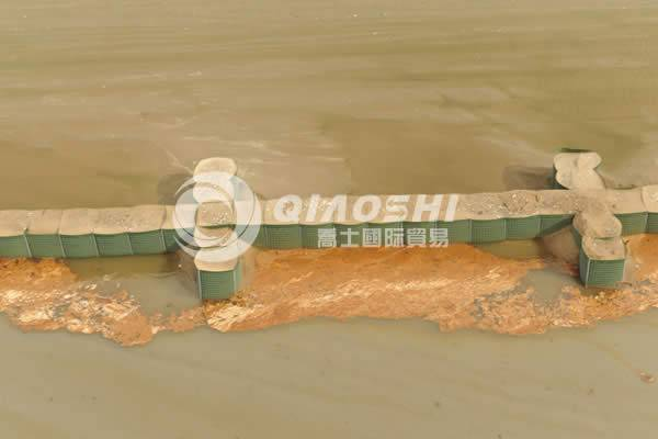 galvanized hesco flood barrier/Hesco bastion Qiaoshi{Hesco Barrier}
