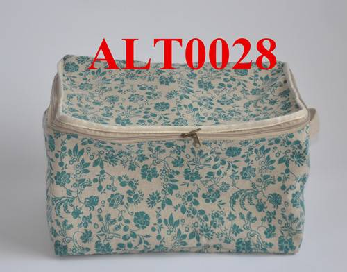 Green flower print linen bag
