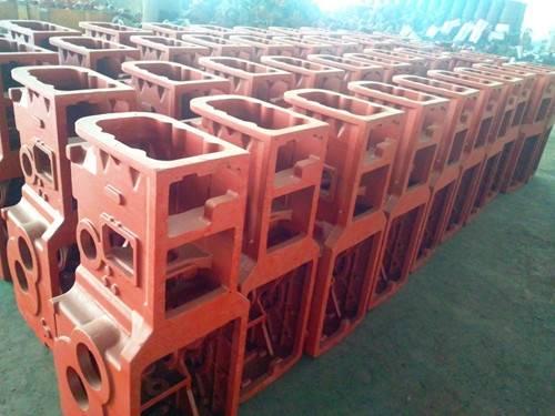 Mahindra enclosure of grey cast iron