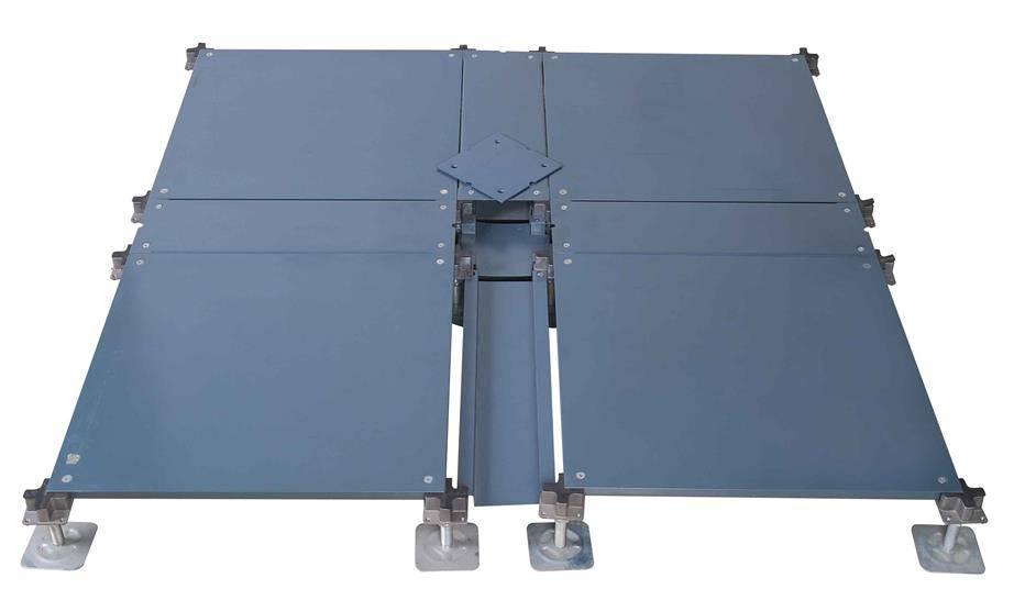 OA500 C1 Raised floor with trunks