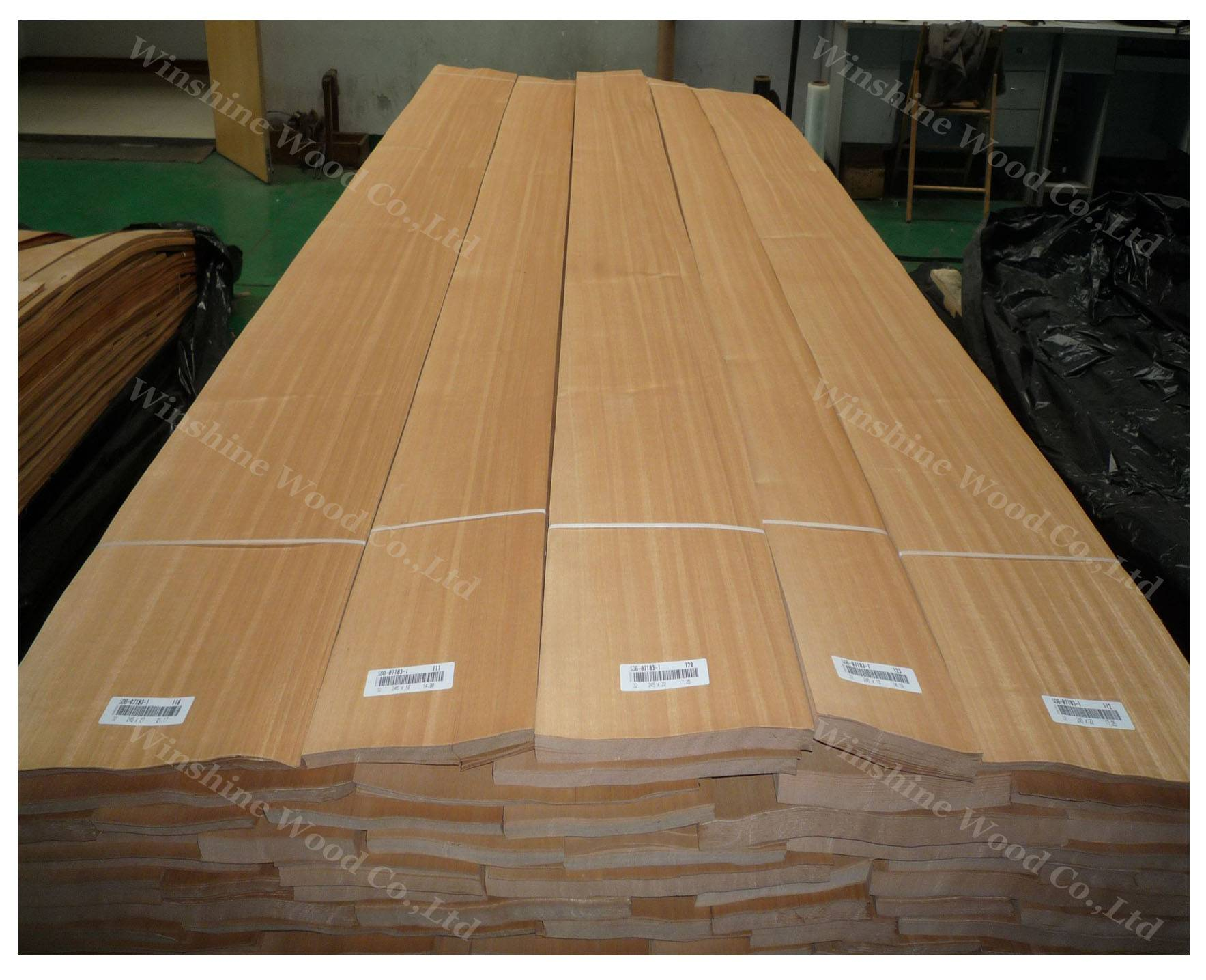 natural Anigre wood veneer