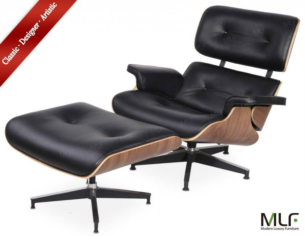 Black italian leather and walnut materialEames Lounge Chair & Ottoman