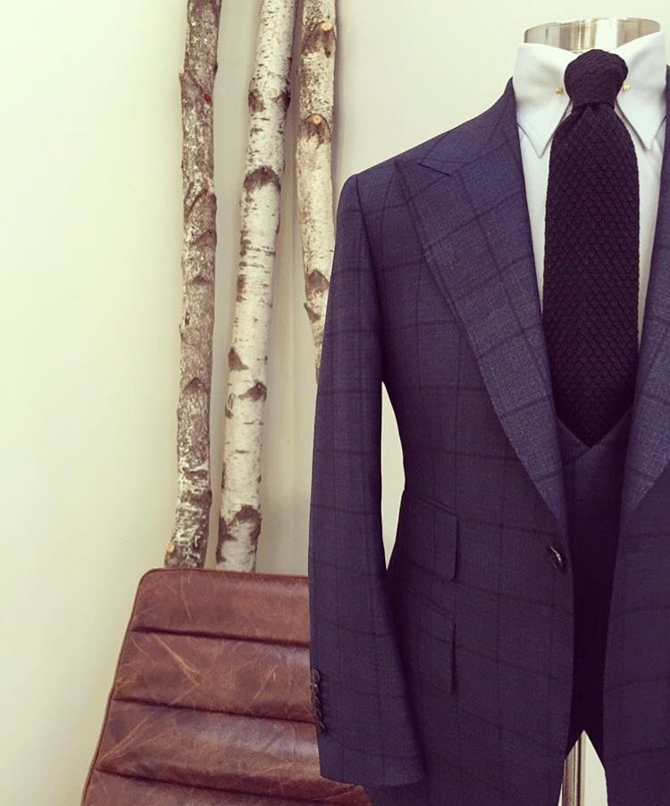 China Factory custom made suit Wholesale Slim Fit suit for men