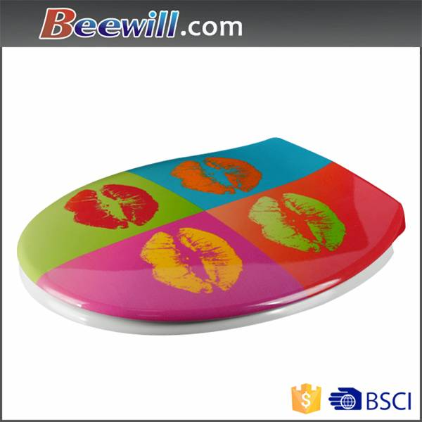 Customized printed urea toilet seat with soft close damper