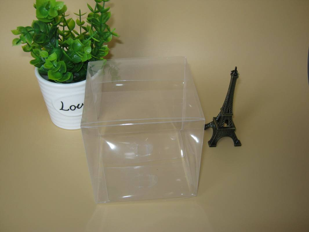 Transparent plastic containers Decorative boxes gift box clear pvc box Clear Wedding Candy Favor Box