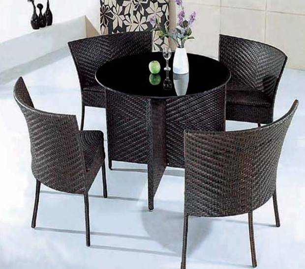 Rattan Set Table and Chair
