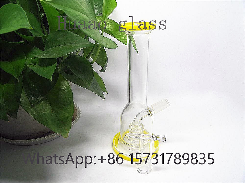 Yellow and green glass water pipe handmade with high borosilicate glass glass oil rigs hand blow