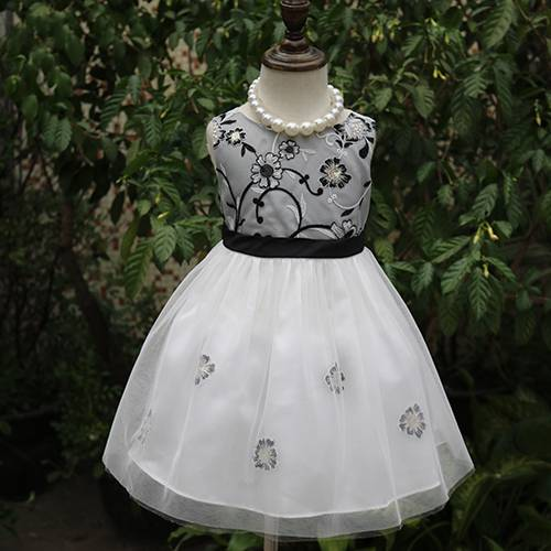 Fashion Black embroidered girls fancy dress images kids ball gown