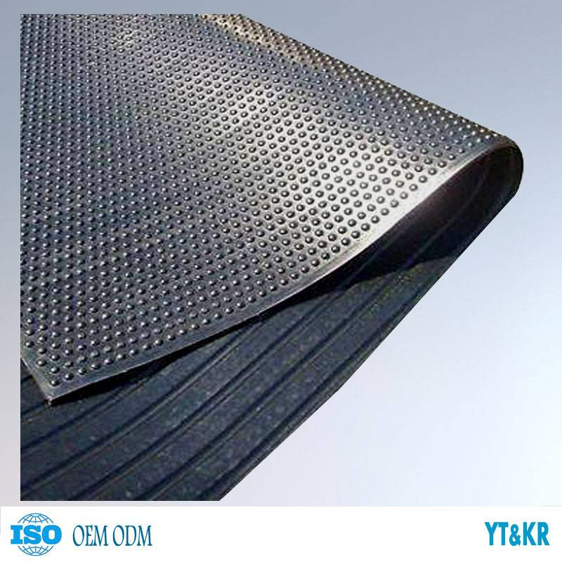 Anti-fatigue rubber cow mats