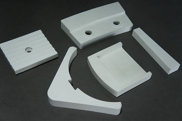 Alumina special-shaped workpiece