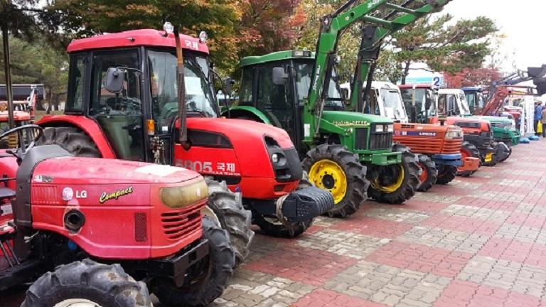 agricultural farm machines