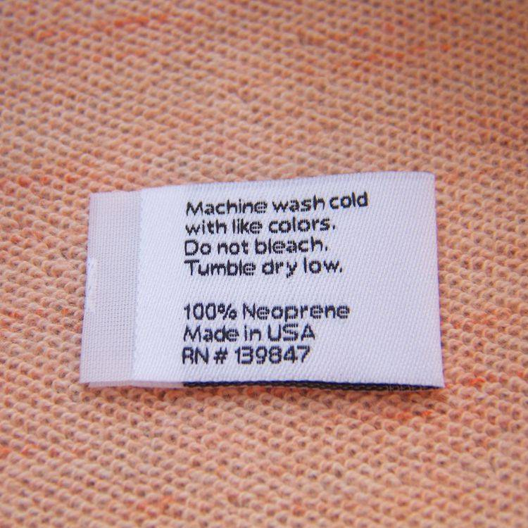 white centre fold woven label