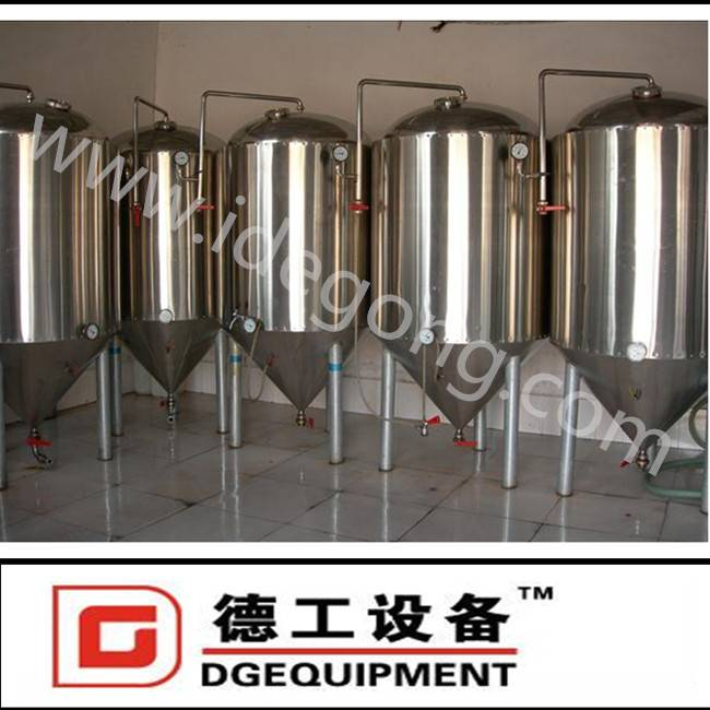 Beer equipment, fermentation tanks