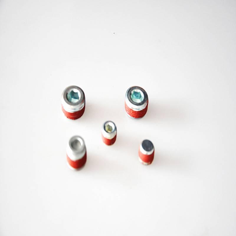 Glue oil plug