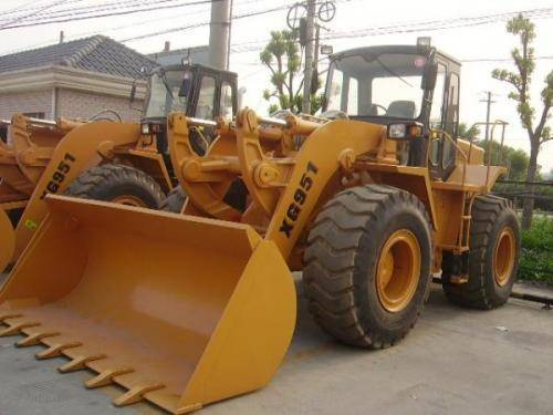 Used XIAGONG XG951 wheel loader