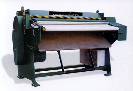 Leather combing machine