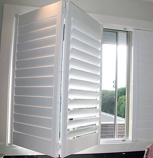 Wood interior bi-fold window shutters