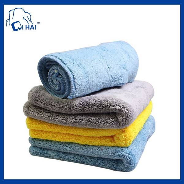 70% Polyester and 30% Polyamide Microfiber Towel (QHD055312)
