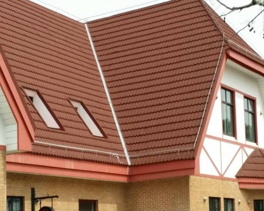 Environmental friendly colorful stone coating sheet roof tile