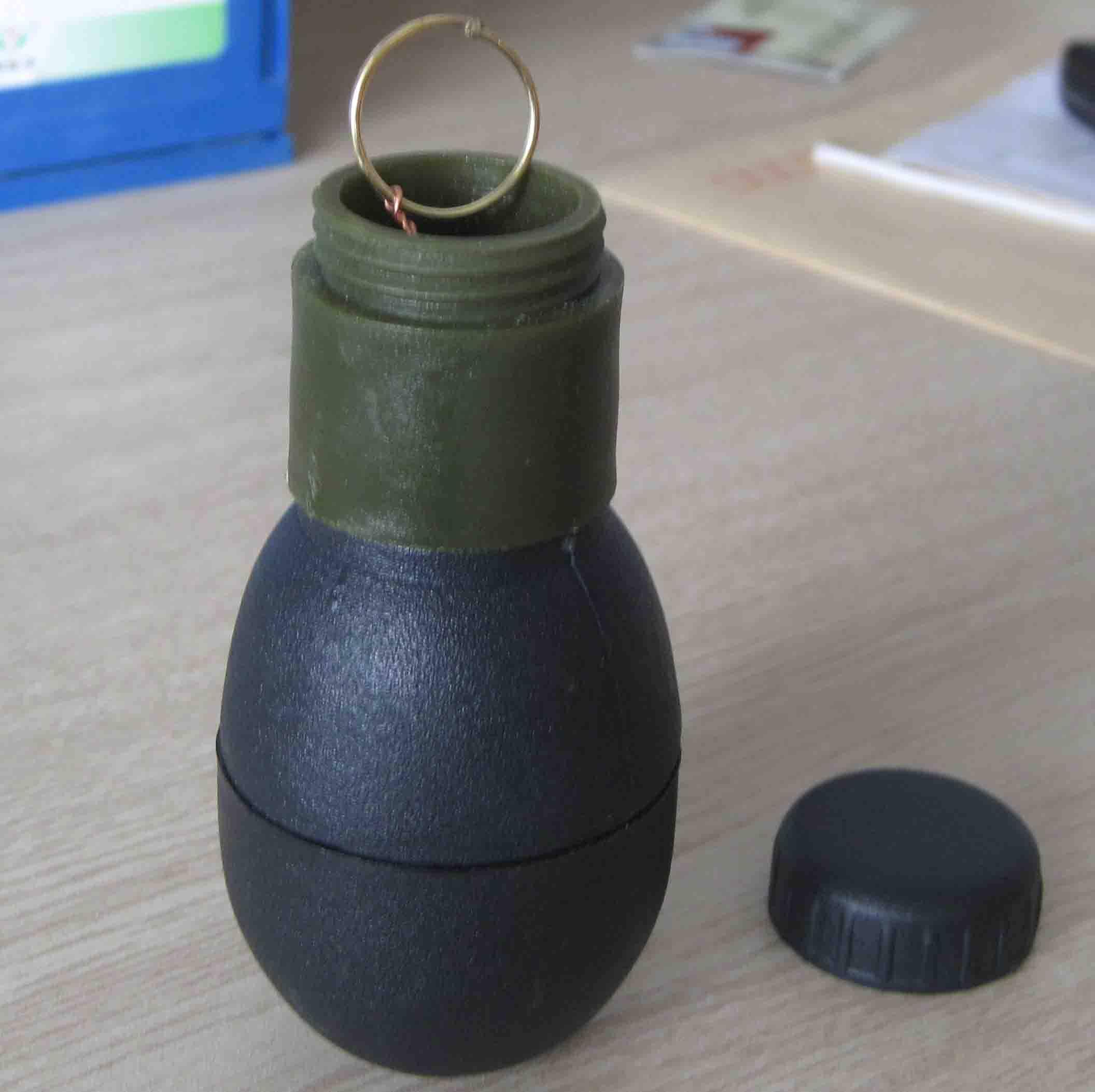 smoke bomb S-30A
