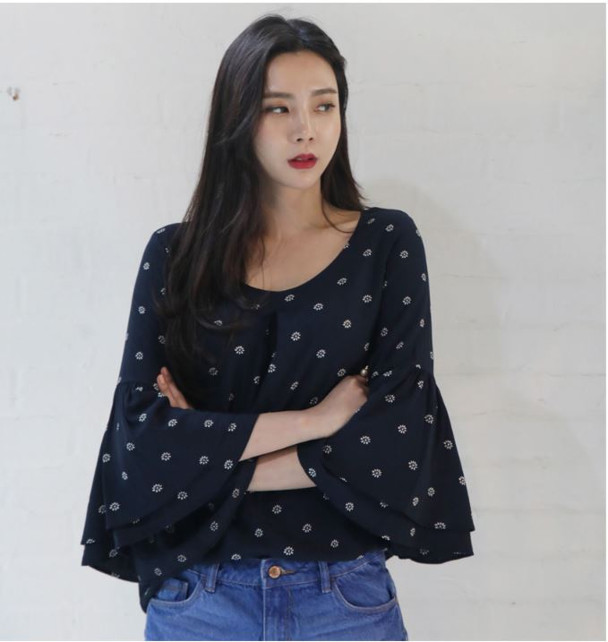 New high quality fashion Korean style Summer women Dual Bell sleeve blouse for Ladies