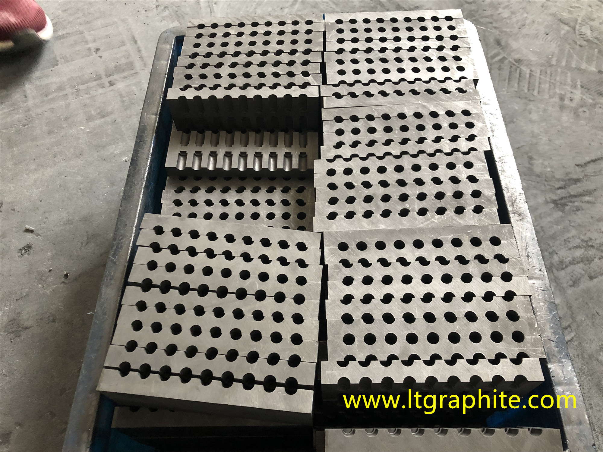 High-Purity Fine-Grain Graphite Mold for Diamond Wire of Quarry