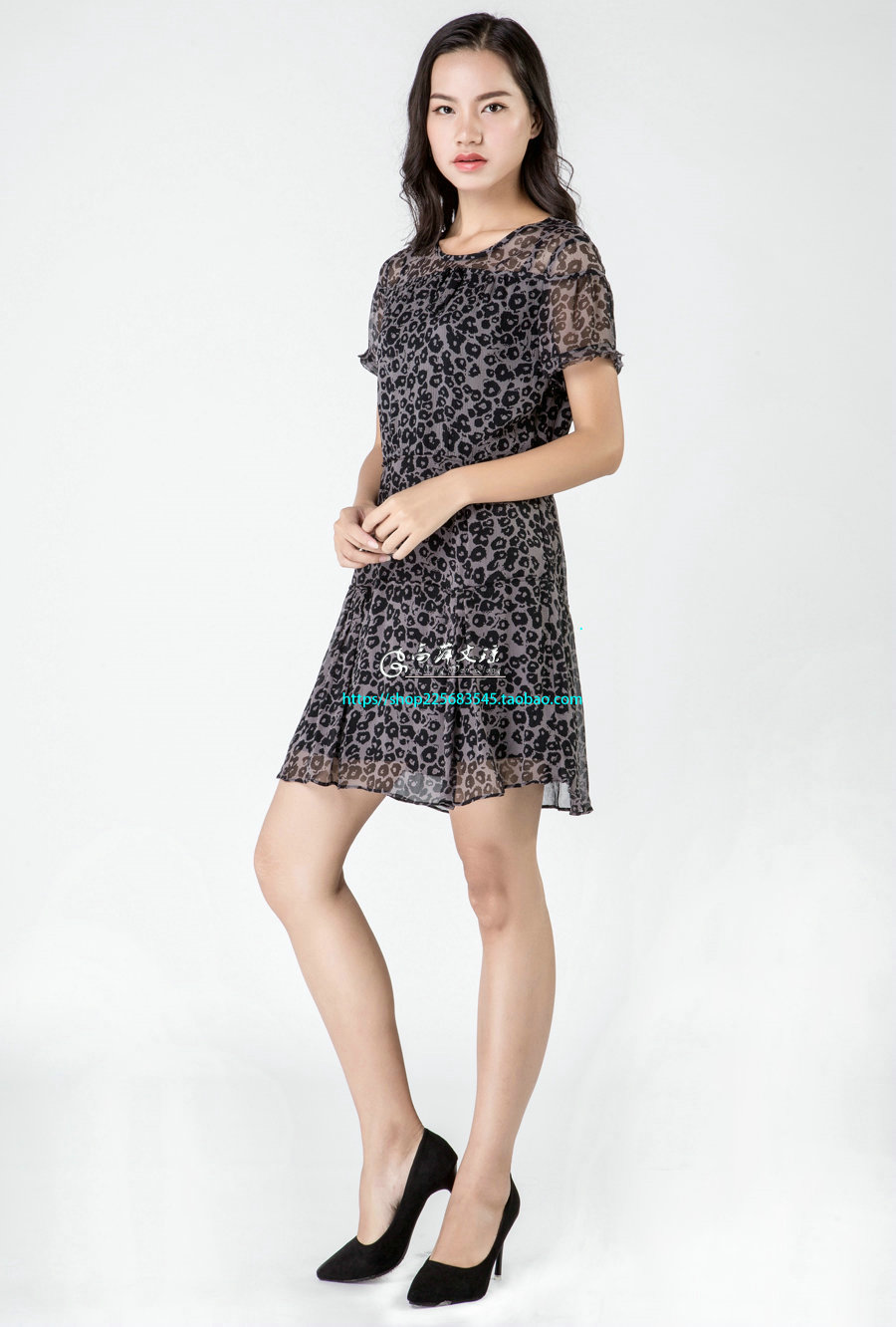 Gaoping Wenqiong  G1626 women silk round neck short sleeve dress
